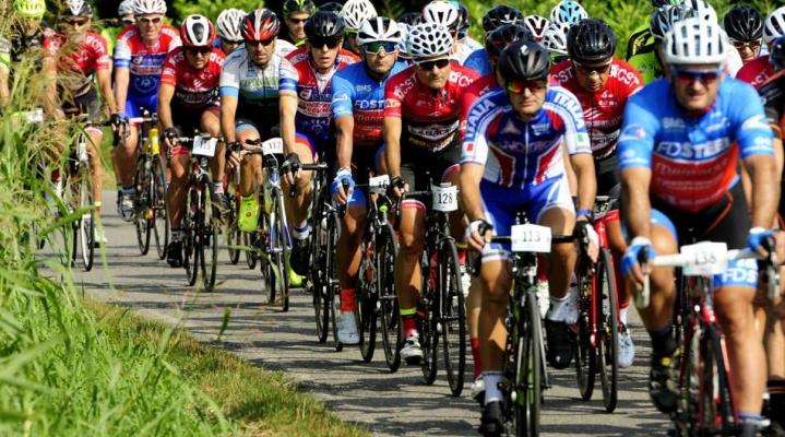 Csi sui pedali al campionato di ciclismo